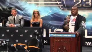Video Donald Trump Hits Wrestling Promoter Vince McMahon MP3, 3GP, MP4, WEBM, AVI, FLV Maret 2019