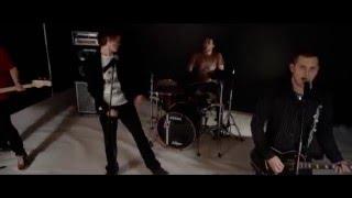 Video Odtiaľ Potiaľ - Raz to vyjde ( Official Clip )