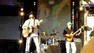 Craponne France  City new picture : Rhett Akins - Kiss My Country Ass - Craponne, FRANCE 2007