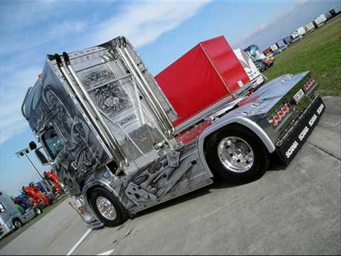 camion scania - dall'inizio della vita dei camion ad oggi.