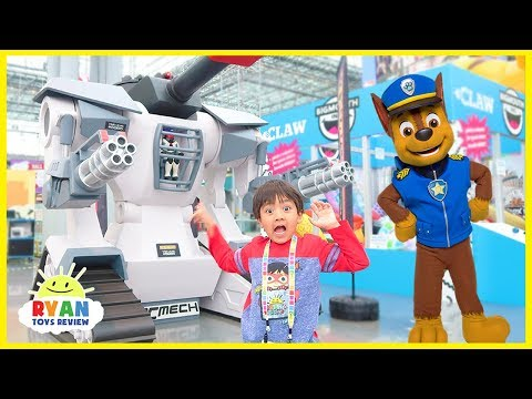 Paw Patrol Chase and Skye In Real Life and Slime, Pikmi Pop Toys with Ryan ToysReview (видео)