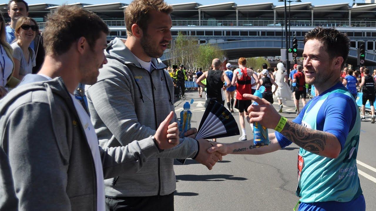 Lucozade Sport Mile 23 takeover – Virgin Money London Marathon 2014