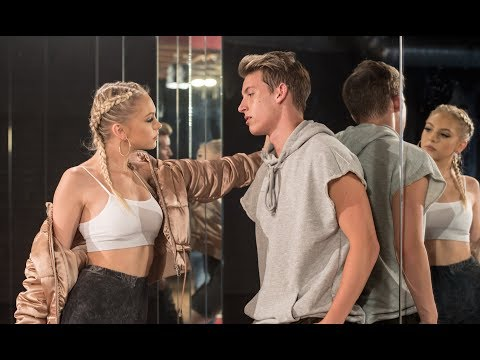 Video The Middle by Zedd, Maren Morris, Grey l Cover by Jordyn Jones download in MP3, 3GP, MP4, WEBM, AVI, FLV January 2017