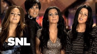 Video The Kim Kardashian Fairytale Divorce Special on E! - SNL MP3, 3GP, MP4, WEBM, AVI, FLV Maret 2018
