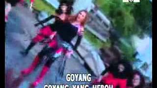 NITA TALIA-GOYANG HEBOH