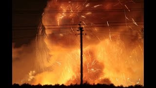 Video Видео взрывов в Калиновке, взрываются боеприпасы. У Калинівці горять військові склади. 26.09.2017 MP3, 3GP, MP4, WEBM, AVI, FLV November 2017