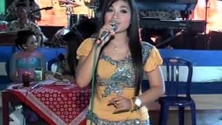 Video Langgam Arum Sekar Melati SAVANA LIVE IN KLIWONAN BENDOSARI MP3, 3GP, MP4, WEBM, AVI, FLV November 2017