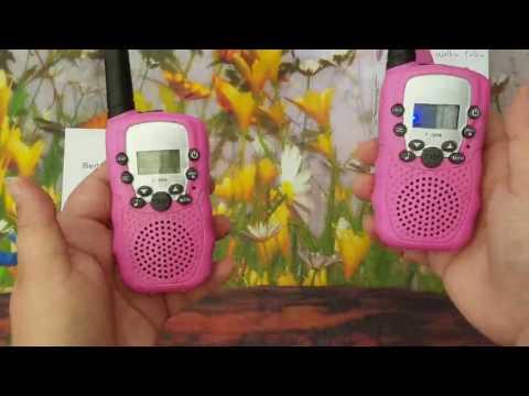 Fetoo Walkie Talkie für Kinder PMR446 mit Akku, Ladekabel 0,5W 8 Kanäle VOX Taschenlampe Funkgeräte