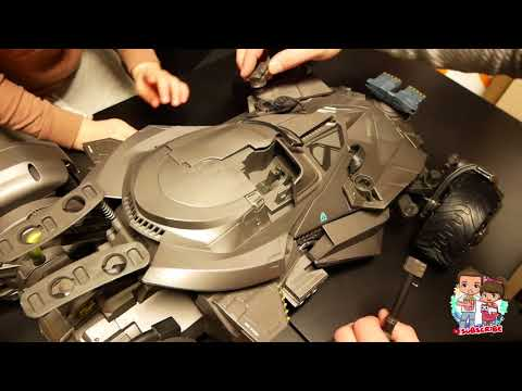 WOW! Mattel Ultimate BATMOBILE Remote Control REVIEW | Toy Unboxing