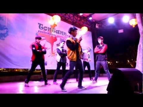 exp - band ดัง แห่ง ขอนแก่น, ไทยแลนด์ This cover dance team is popular in Khon Kaen, Thailand.