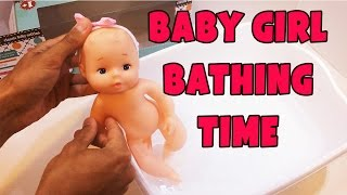 Wonderful little girl doll washing under the shower with soap it's Bath time doll for kids.https://youtu.be/-Ckd3yfXGQgWe all really love cartoons! That's for sure! Cartoon Games TV channel you can just find any children's games and videos from your favorite movies! Here it is easy to see the video of the children's games: My Little Pony friendship is magic, Monster High, Ever After High, Equestria Girls and Minions. Many cognitive games for every taste, picking puzzles, dolls, dress up games, review and cooking games - this is what you will always find in the Cartoon Games TV! This channel its best online games for girls and boys.Subscribe:  https://www.youtube.com/channel/UC6_HlI3Nbo2TF5vrMnz4hJg?sub_confirmation=1My Little Pony Friendship is Magic:https://goo.gl/3sHOA0Monster High and Ever After High:https://goo.gl/FgKtMQEquestria Girls:https://goo.gl/dXO18NReal movies:https://goo.gl/a6PLqfgames for girls to play, Dress up and MakeUP:https://goo.gl/R8kFKtBarbie games:https://goo.gl/5EvH1G