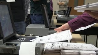 Hudson (WI) United States  City pictures : Wisconsin Presidential Recount -Machine Counting In Hudson, WI