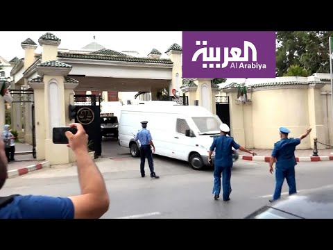 المحكمة العليا في الجزائر تأمر بحبس أويحيى بتهم فساد
