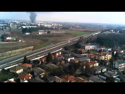 L'incendio di Rescaldina visto dal drone
