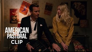 "Nonton American Pastoral (Ewan McGregor, Dakota Fanning) - Scena in italiano ""Rivoluzione"" Film Subtitle Indonesia Streaming Movie Download"