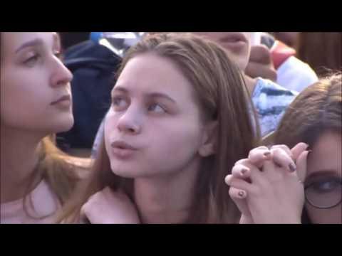 Никита Алексеев (Alekseev) поёт вживую