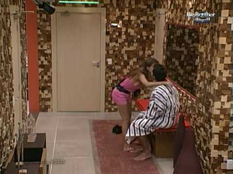 Video BBB 10 - (17/01/2010) Cláudia e Eliéser se despedem e vão dormir download in MP3, 3GP, MP4, WEBM, AVI, FLV January 2017