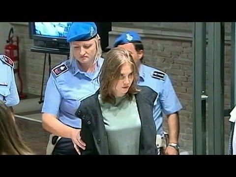 AMANDA KNOX RETRIAL :ITALIAN COURT OVER TURNS  ACQUITTAL IN CASE OF ROOMMATES DEATH!
