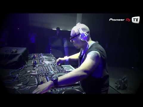 roger - Pioneer DJ TV ▻ vk.com/PioneerDJTV / vk.com/PioneerDJnsk ☆ Roger Sanchez ▻ Evolution Party Live @ Pioneer DJ TV.
