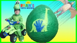 GIANT EGG SURPRISE OPENING The Good Dinosaur Toys