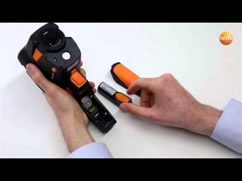 testo 870 - Step 01 - How to Insert the battery
