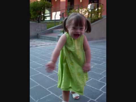 Ver vídeoSindromi di Down: Pensieri di un padre ''Up not Down''