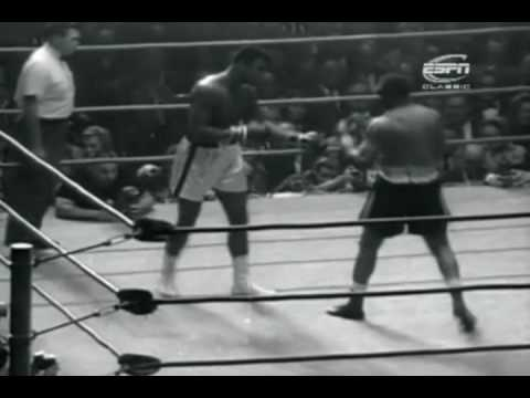 Cassius Clay - Cassius Clay (Muhammad Ali) vs Archie Moore - Cassius takes on the legendary Archie Moore. Archie was between 49 and 52 years old. - Their records at the tim...