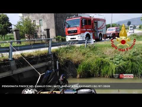 PENSIONATA FINISCE NEL CANALE CON L'AUTO, SALVATA DAI PASSANTI | 02/07/2020