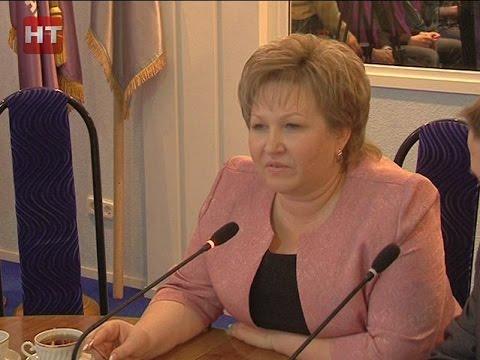 Председатель областной думы Елена Писарева встретилась со студенческим активом НовГУ