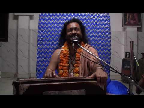 Video Prem Gopal Goswami .Radha kunda. Radharani kirtan in Bahulashtami 22.10.2016. download in MP3, 3GP, MP4, WEBM, AVI, FLV January 2017