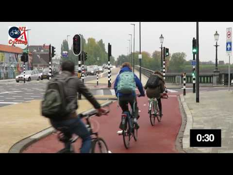 Intelligent traffic lights in the Netherlands prioritize bicycles and buses