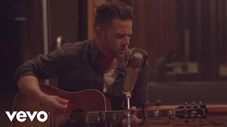 Purchase David Nail's latest music: http://umgn.us/davidnailpurchaseStream the latest from David Nail: http://umgn.us/davidnailstreamSign up to receive email updates from David Nail: http://umgn.us/davidnailupdatesWebsite: http://www.davidnail.comFacebook: https://www.facebook.com/DavidNailInstagram: https://www.instagram.com/davidnailTwitter: https://twitter.com/davidnailMusic video by David Nail performing Burnin' Bed. (C) 2014 MCA Nashville, a Division of UMG Recordings, Inc.