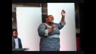 Video Holy Spirit- Hlengiwe ft Vuyo Mokoena MP3, 3GP, MP4, WEBM, AVI, FLV Juli 2018