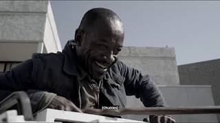 Fear The Walking Dead -- Morgan Jumps