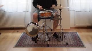 Download Lagu Mini Drumset Mp3