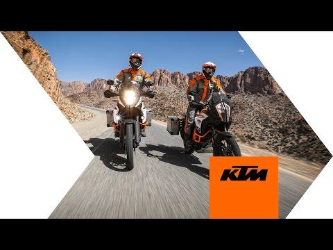 Apresentação das novas KTM na Intermot em Colónia