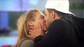 Ricci Goes In For Another Kiss | Day 16, Celebrity Big Brother