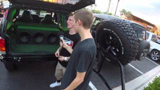 Video Custom Lifted XJ Cherokee with Kicking Stereo MP3, 3GP, MP4, WEBM, AVI, FLV Juni 2018