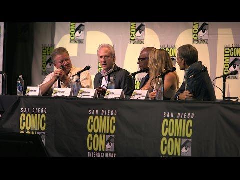 Star Trek Cast Share Their Favorite Star Trek Tech  At Comic-Con 2016