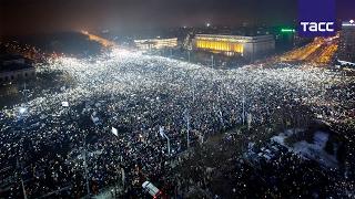 В Румынии продолжаются масштабные антикоррупционные протесты