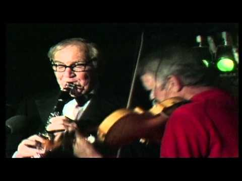 Video Benny Goodman - Legends In Concert download in MP3, 3GP, MP4, WEBM, AVI, FLV January 2017