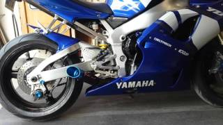 9. 2001 Yamaha YZF R1 Coffman shorty exhaust with baffle removed.