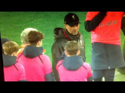 Everton ballboy just sarcastically clap Jurgen Klopp / Everton 0 - 0 Liverpool