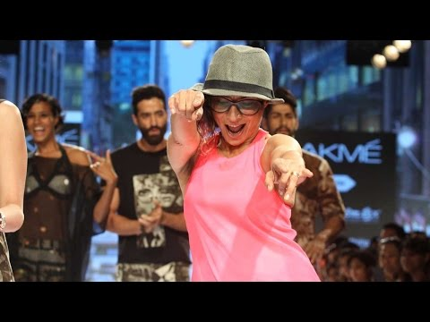 Adhuna Akhtar Shakes And Grooves On The Ramp At LF