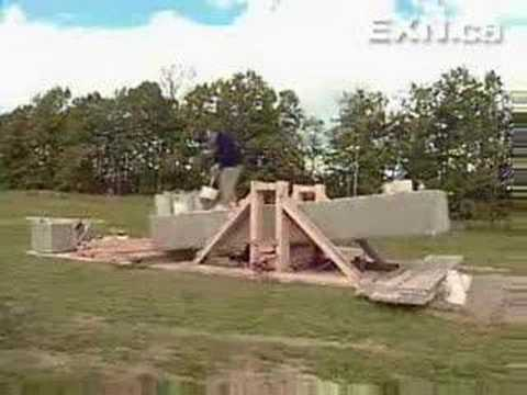 stonehenge - http://olympic.olympicidea.com/lcp4/en/ Wally Wallington has demonstrated that he can lift a Stonehenge-sized pillar weighing 22000 lbs and moved a barn ove...