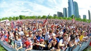 USMNT Fans Watch USA Beat Ghana in Chicago's Grant Park - YouTube