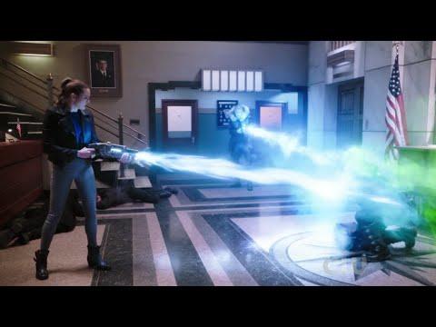 Flash 4 Episode 19   Last Battle   Siren-X VS Leo Snart  