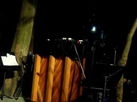 這是李軒的作品 - 「開放音樂──街頭音樂系列」