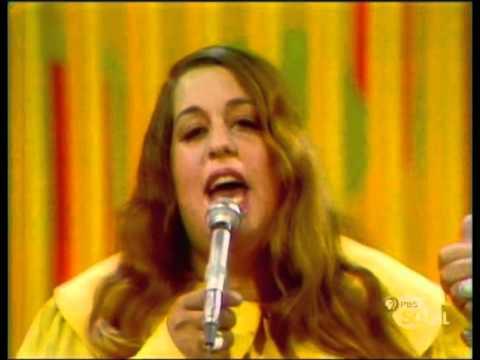 Tekst piosenki The Mamas And The Papas - Creeque Alley po polsku