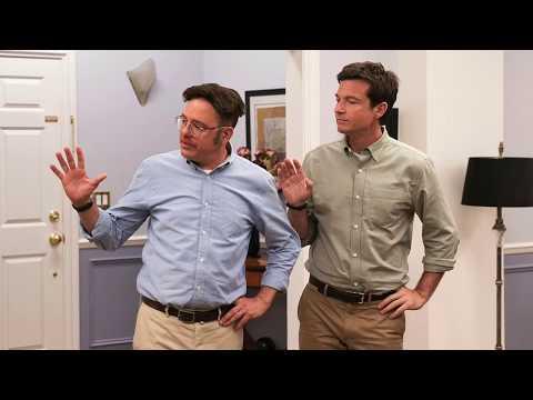 Miah and Luke see a Trailer: Arrested Development Season 5